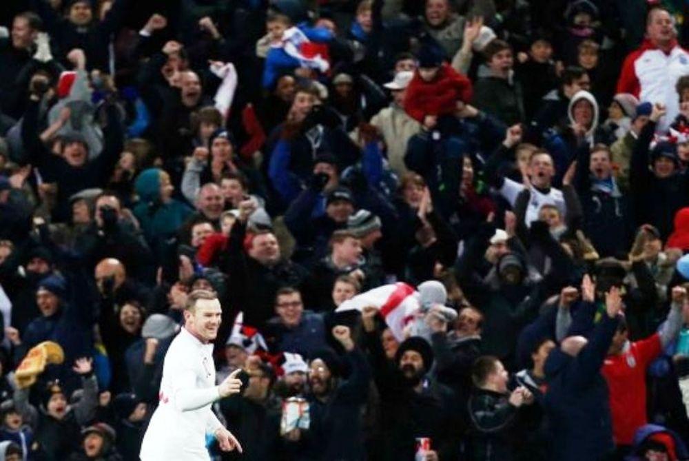 Οι αντιδράσεις των φίλων της Αγγλίας (video)