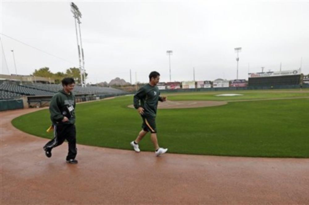MLB: Άρχισε η προετοιμασία…