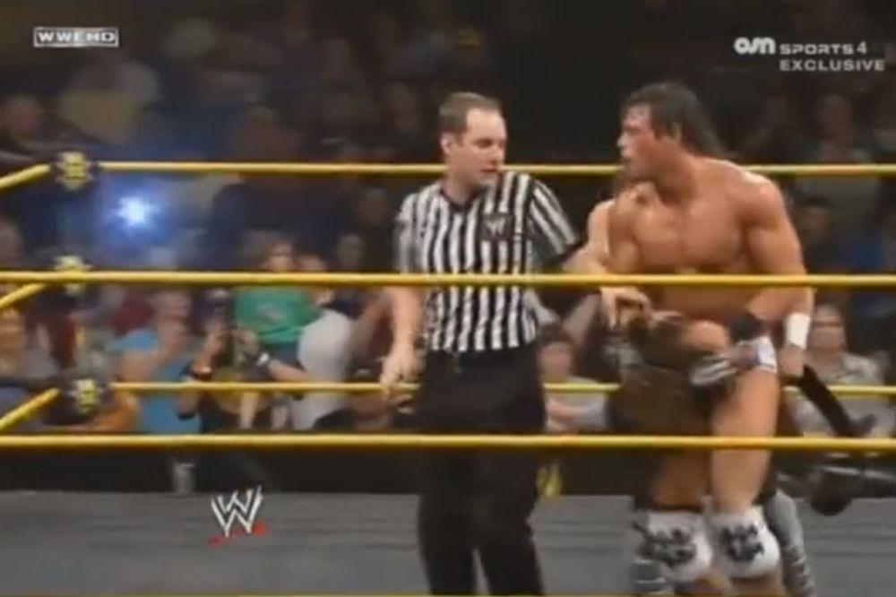 ΝΧΤ: Πρωταθλητές οι Neville και Grey (videos)