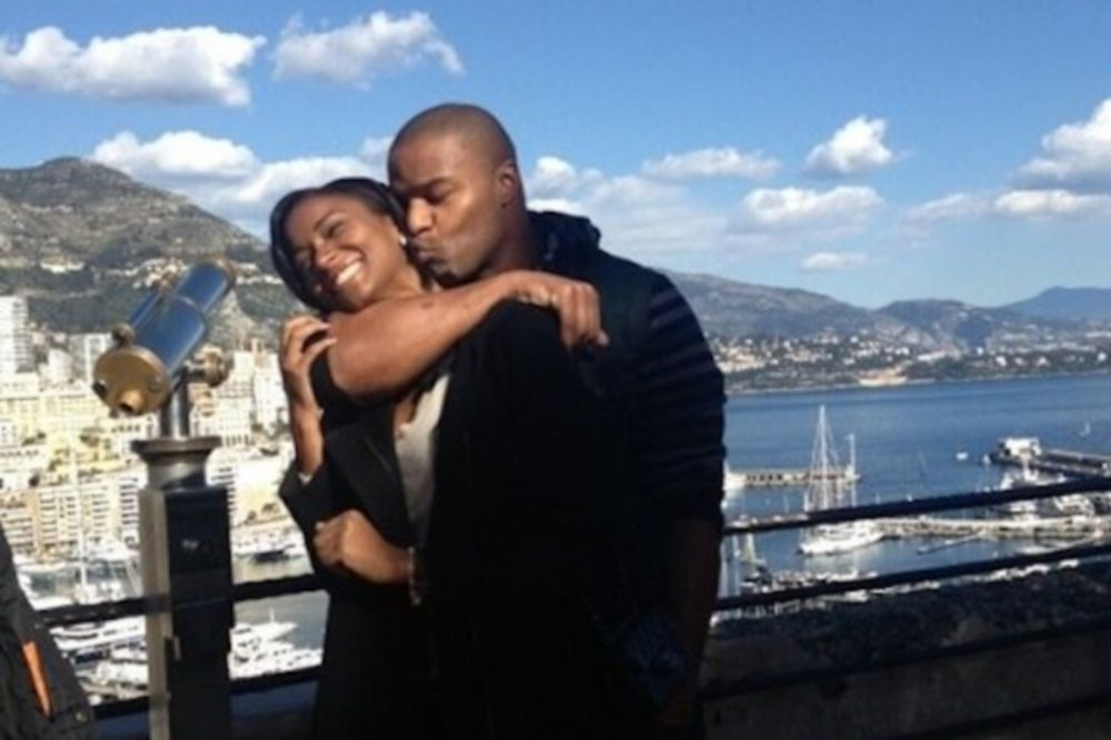 NFL: Αρραβωνιάστηκε… Μις Υφήλιος ο Umenyiora