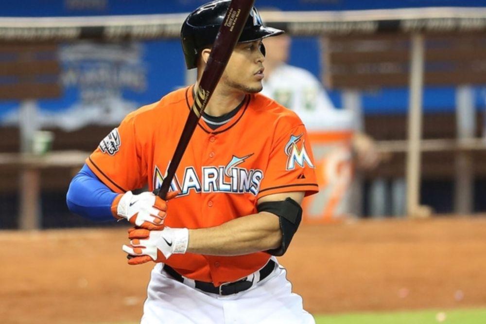 MLB: Επικίνδυνος τραυματισμός στο κεφάλι για Stanton