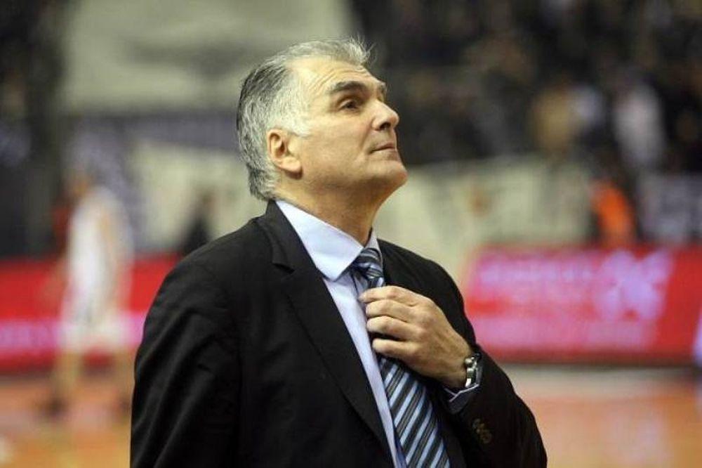 Μαρκόπουλος: «Να μη δώσουμε δικαιώματα»