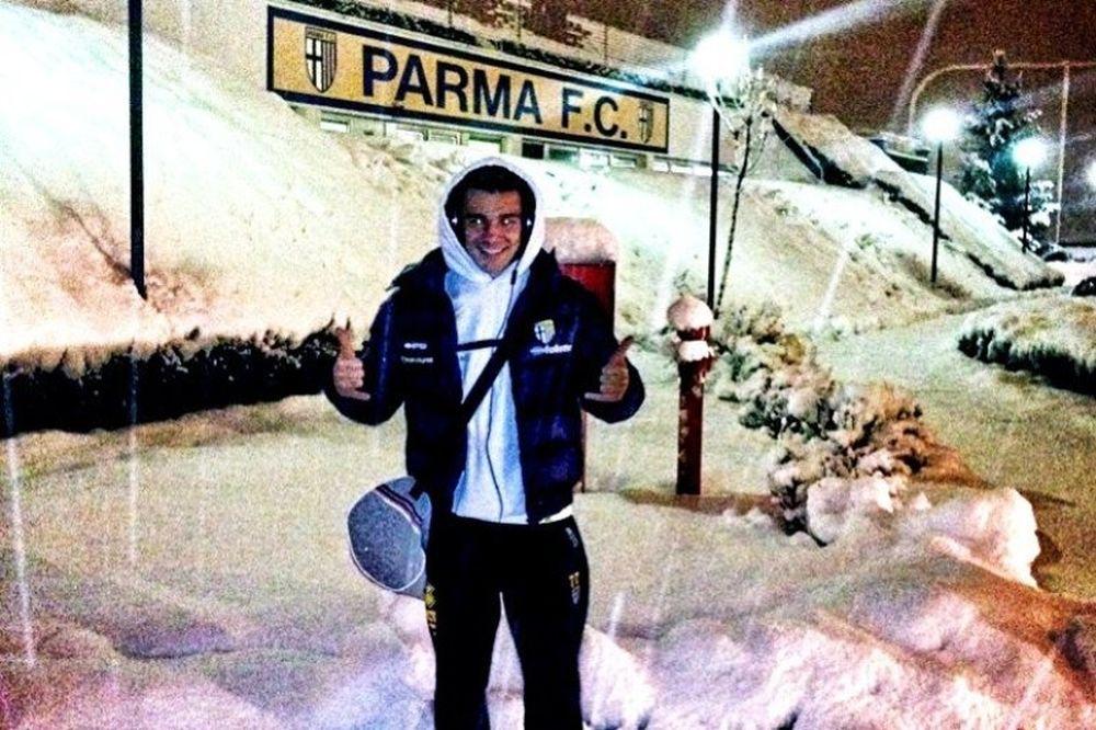 Πάρμα: «Χάζεψε» το χιόνι ο Νίνης! (photos)