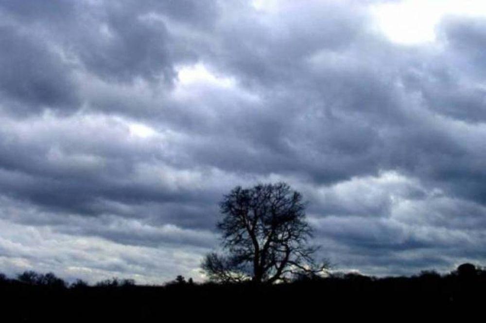 Τοπικές βροχές και καταιγίδες την Κυριακή