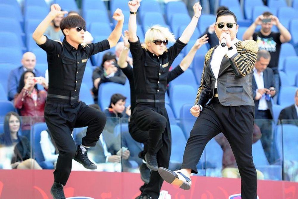 Ρόμα – Λάτσιο: Gangnam Style πριν από τον τελικό (photos+video)