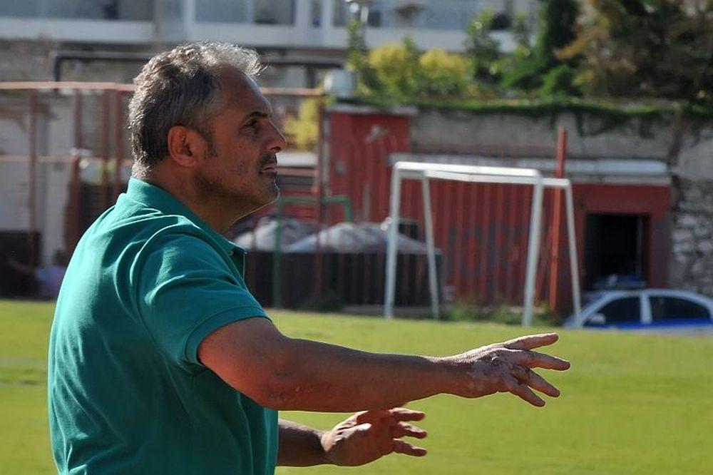 Βοσνιάδης: «Αποθεώνω τους παίκτες μου»
