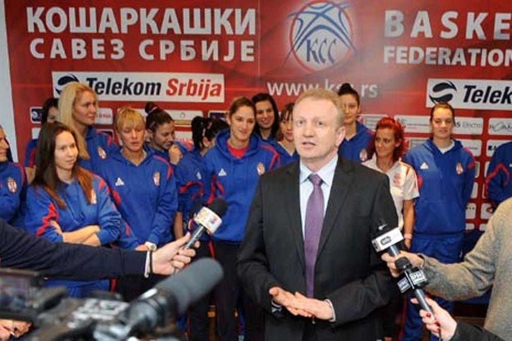 Εθνική Σερβίας: Με… ένα πόδι παίζει ο Τεόντοσιτς