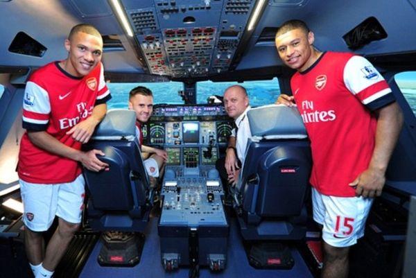 Άρσεναλ: Πιλότοι οι Τσάμπερλεϊν, Γκιμπς και Τζένκινσον! (photos+video)