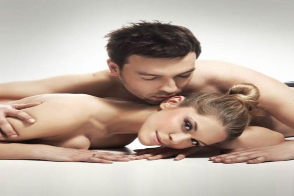 πρωκτικό σεξ κάτω