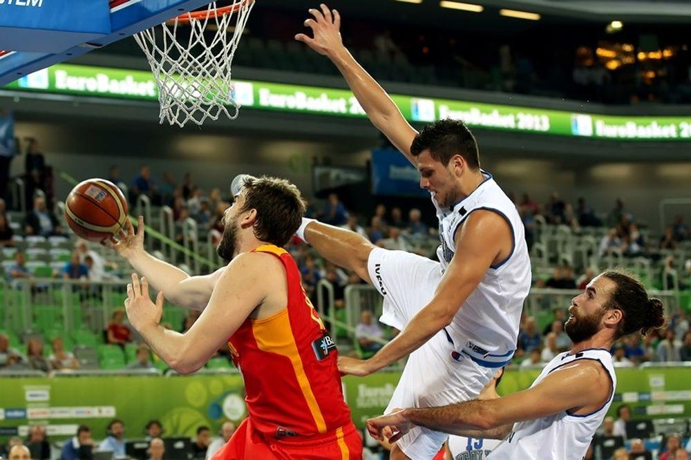 Ισπανία: Στην κορυφή η... μπέιζμπολ ασίστ του Γκασόλ (video)