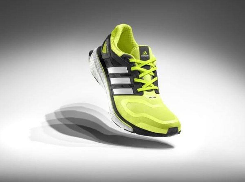 Νέα χρώματα, νέα τηλεοπτική καμπάνια για το energy boost της adidas