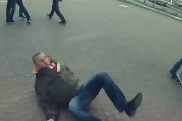 Ζενίτ Αγίας Πετρούπολης: Οπαδός πλακώνει στο «ξύλο» τους πάντες! (video)