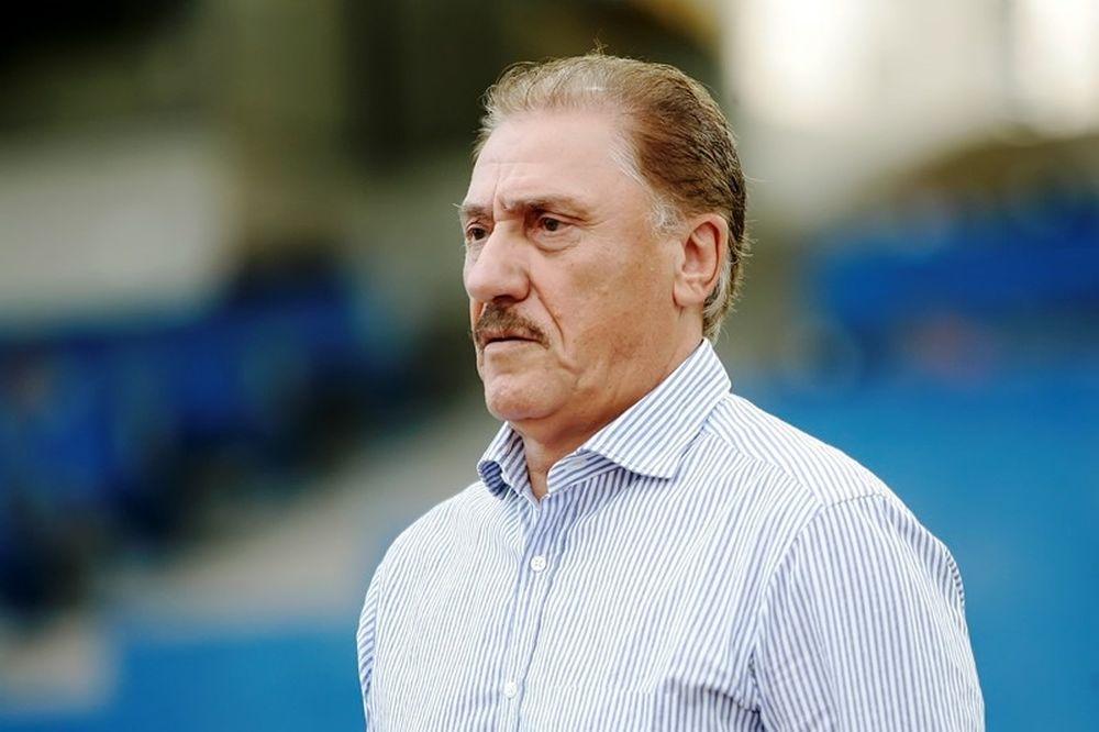 Ματζουράκης: «Ο Πιπίνης έπρεπε να αποβληθεί»
