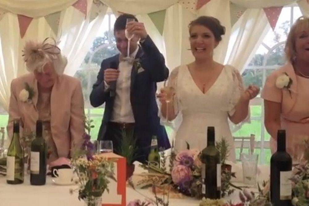 Ο γαμπρός… Γιουνάιτεντ και τα πεθερικά… Σίτι! (video)