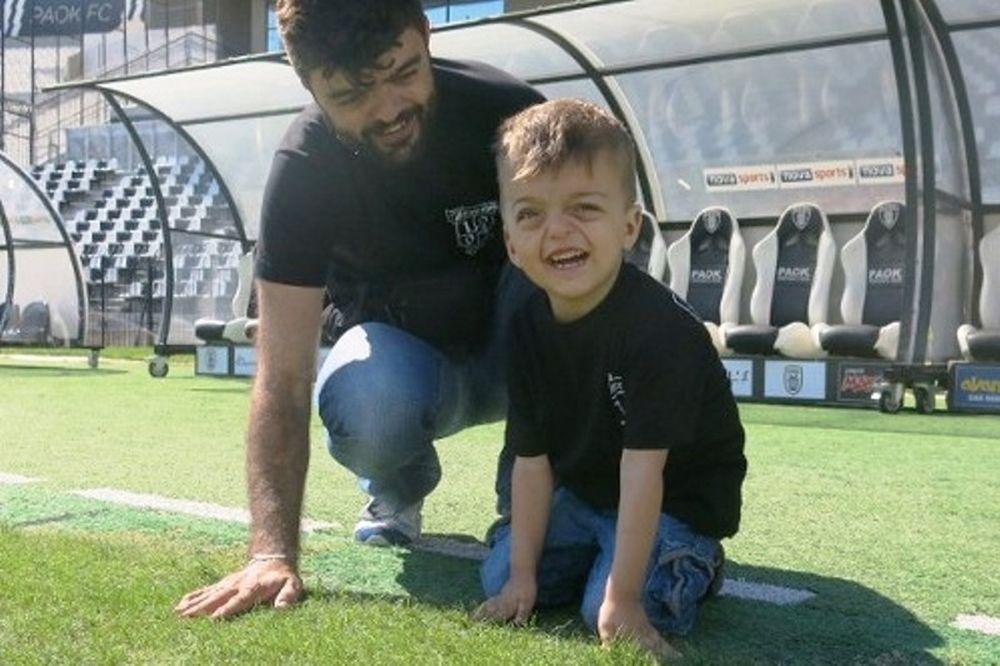 «Ο ΠΑΟΚ έδωσε την ευκαιρία  στα παιδιά μου να ζήσουν μια φυσιολογική ζωή»