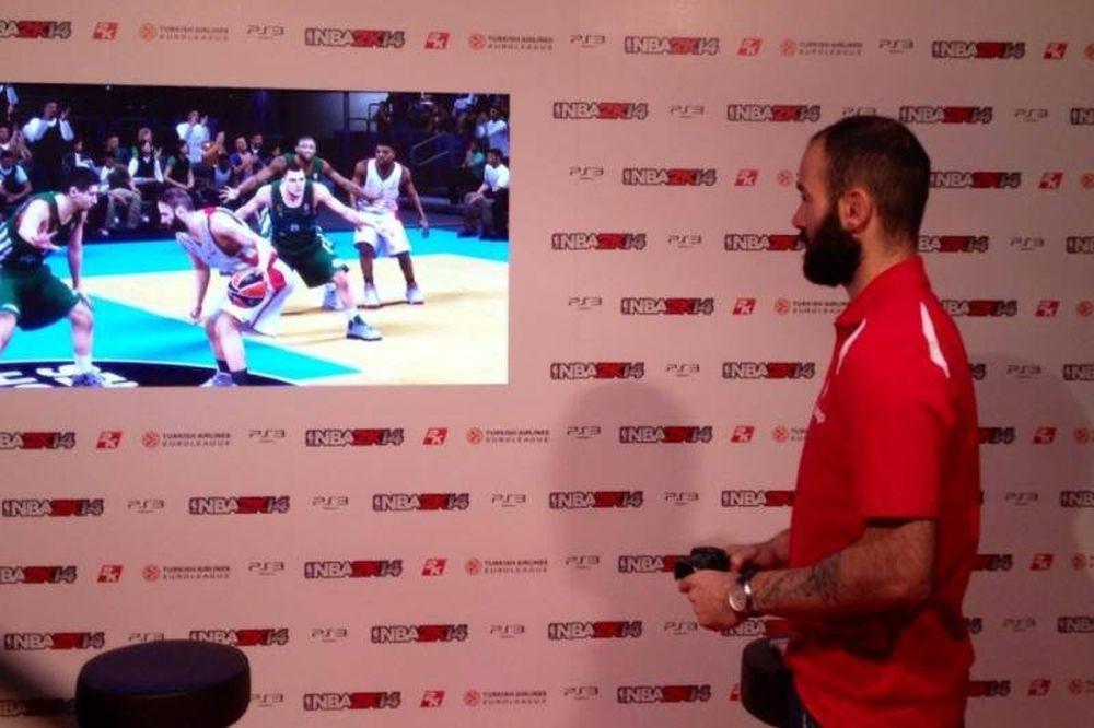 Ολυμπιακός: Παίζει με τον... εαυτό του ο Σπανούλης! (photos)