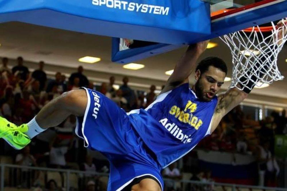 Ευρωμπάσκετ: Χωρίς Ελλάδα, στην κορυφή του Top 10 η… Σουηδία (video)