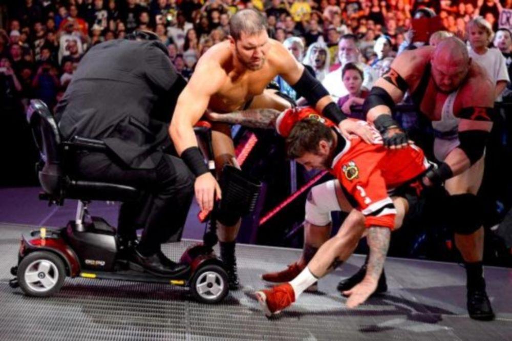 WWE: «Τραυματίες» Punk και Miz