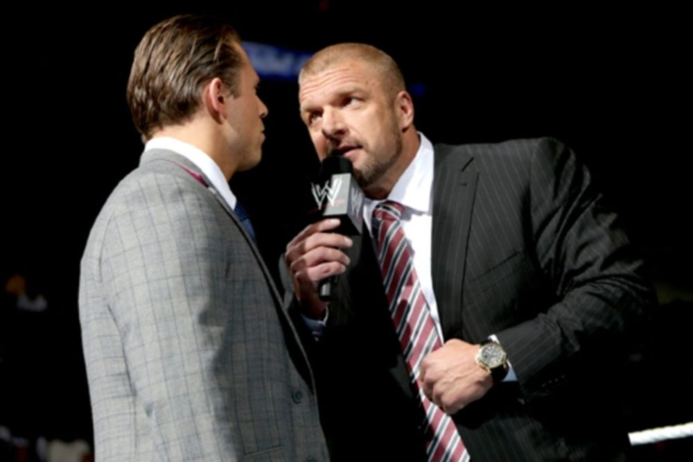 SmackDown: Νέες παρεμβάσεις του HHH (photos+videos)