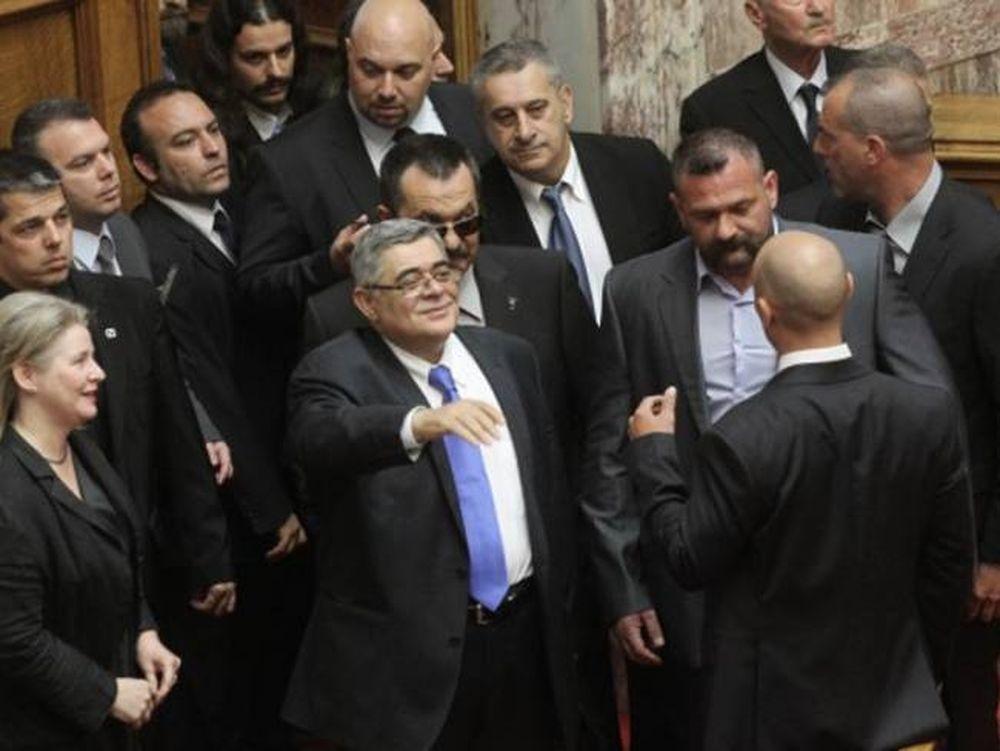 Συλλήψεις βουλευτών και στελεχών της Χρυσής Αυγής