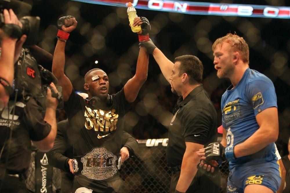 UFC 169: Επίσημα με Teixeira ο Jones