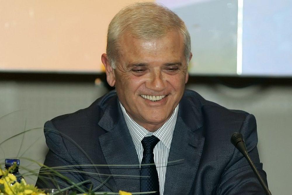 Μελισσανίδης: «Θα τους… μαζεύουμε με ασθενοφόρα»