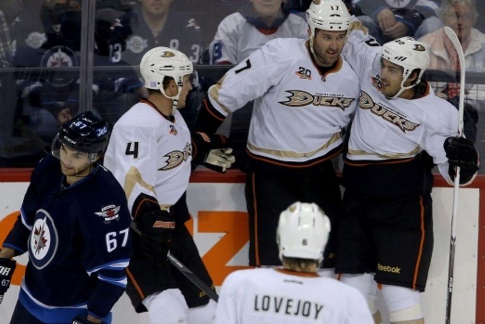 NHL: Δεύτερη νίκη για Ντακς (videos)