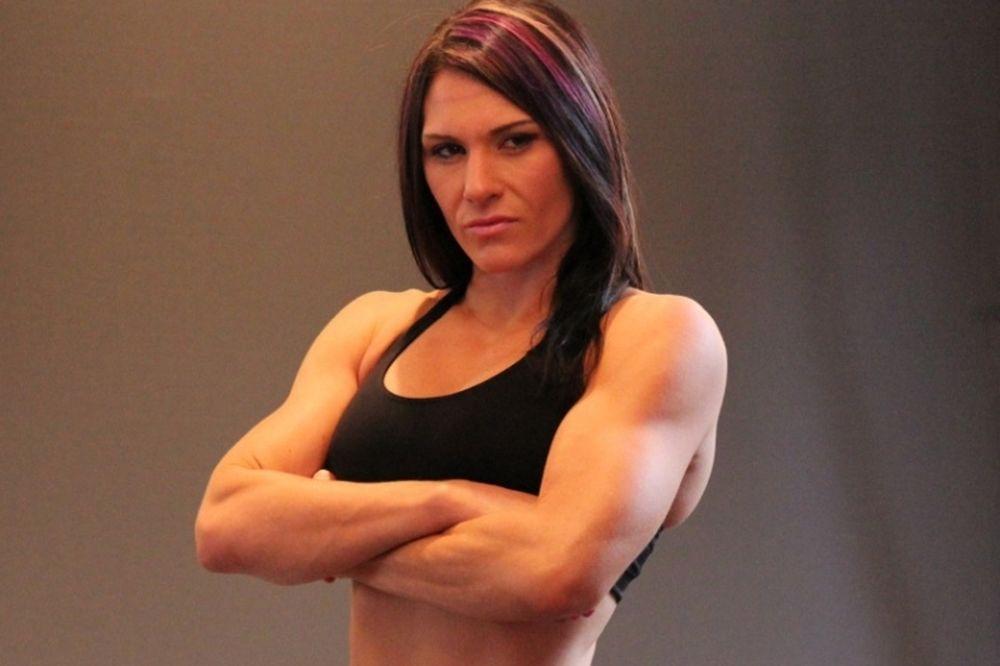 UFC: Δεν απέφυγε το «νυστέρι» η Zingano