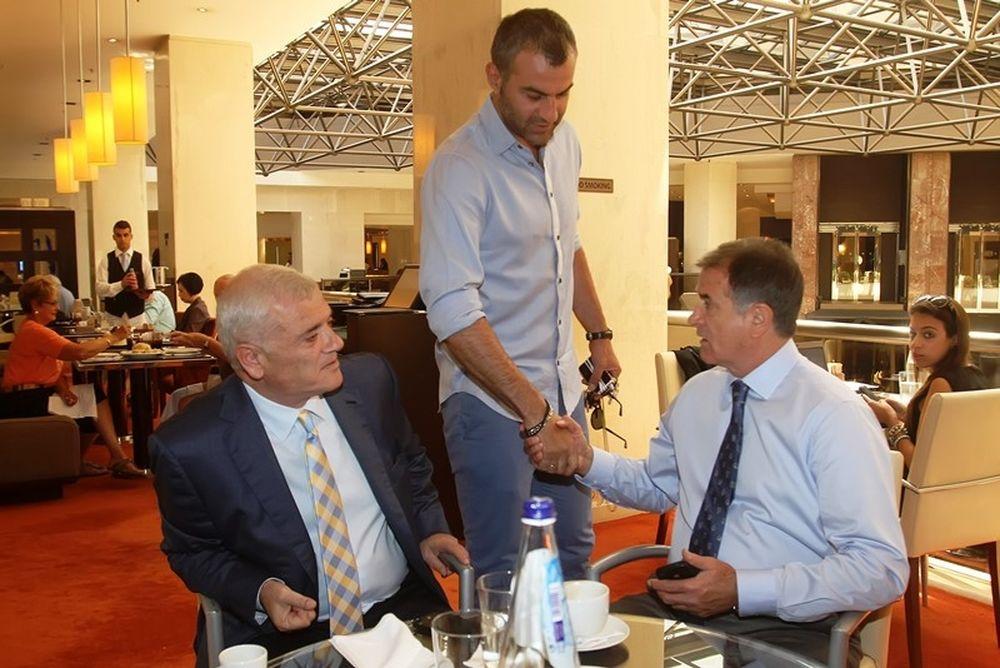 ΑΕΚ: Μπάγεβιτς στηρίζει Δέλλα