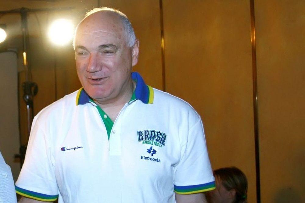 Μποζίκης: «Σπουδαίο που ήρθε ο Ολυμπιακός» (video)