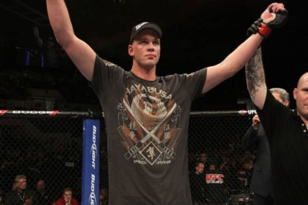 UFC: Άρχισε προπονήσεις ο Struve