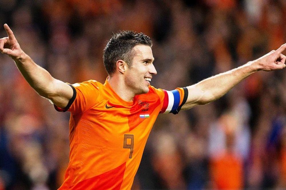Οκτάρα για Ολλανδία με ρεκόρ Φαν Πέρσι! (video)