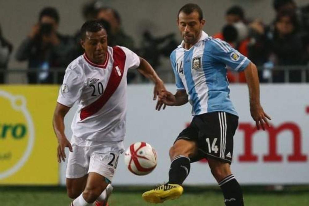 Προκριματικά Μουντιάλ: Γκολάρα του Πιζάρο, νίκη για Αργεντινή (video)