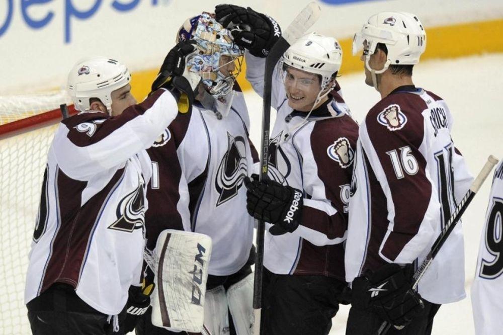 NHL: «5 στα 5» για Άβαλανς (videos)