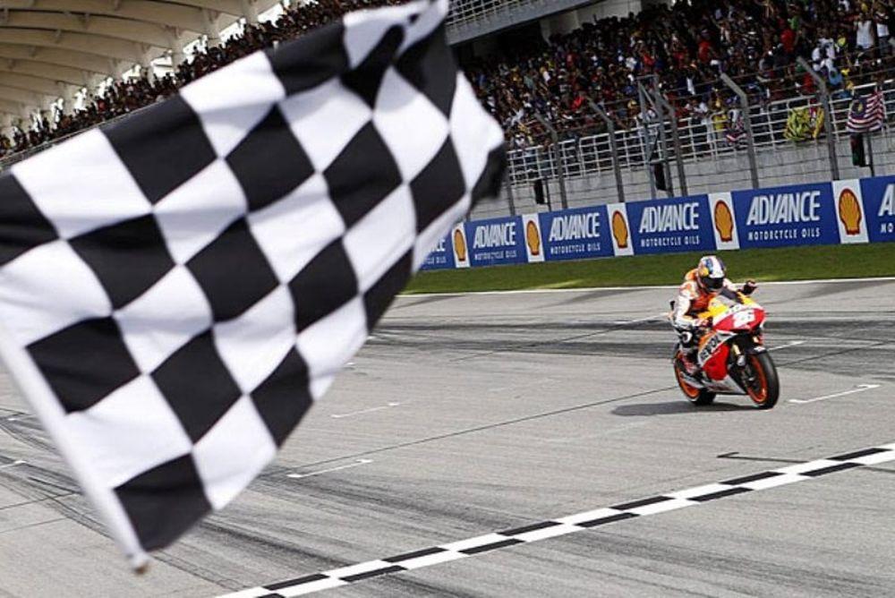 Moto GP: Η νίκη του Πεδρόσα στη Σεπάνγκ (photos+video)