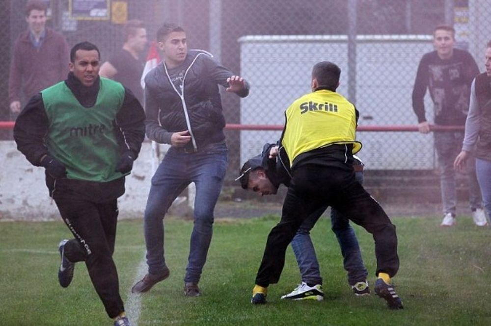 Κύπελλο Αγγλίας: Άγριος καβγάς μεταξύ οπαδών (photo)