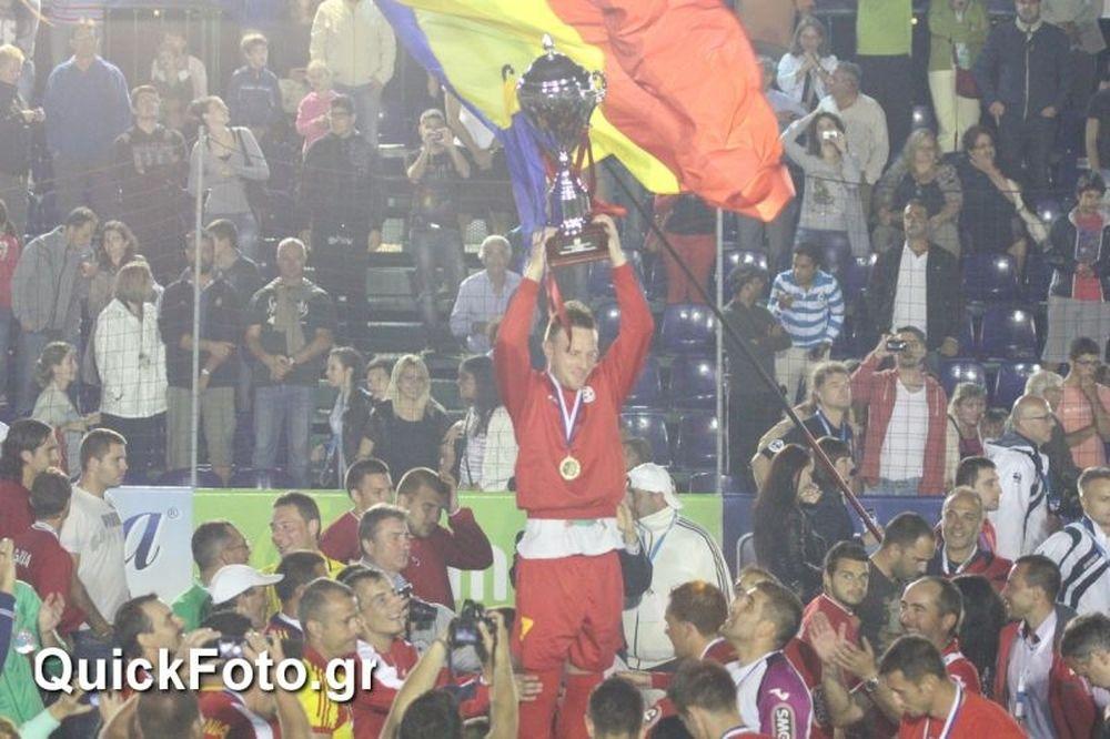 Στο θρόνο της η Ρουμανία στο miniEURO 2013! (photos)