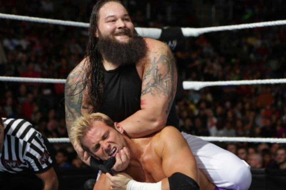 WWE: «Ερωτηματικό» ο Bray Wyatt