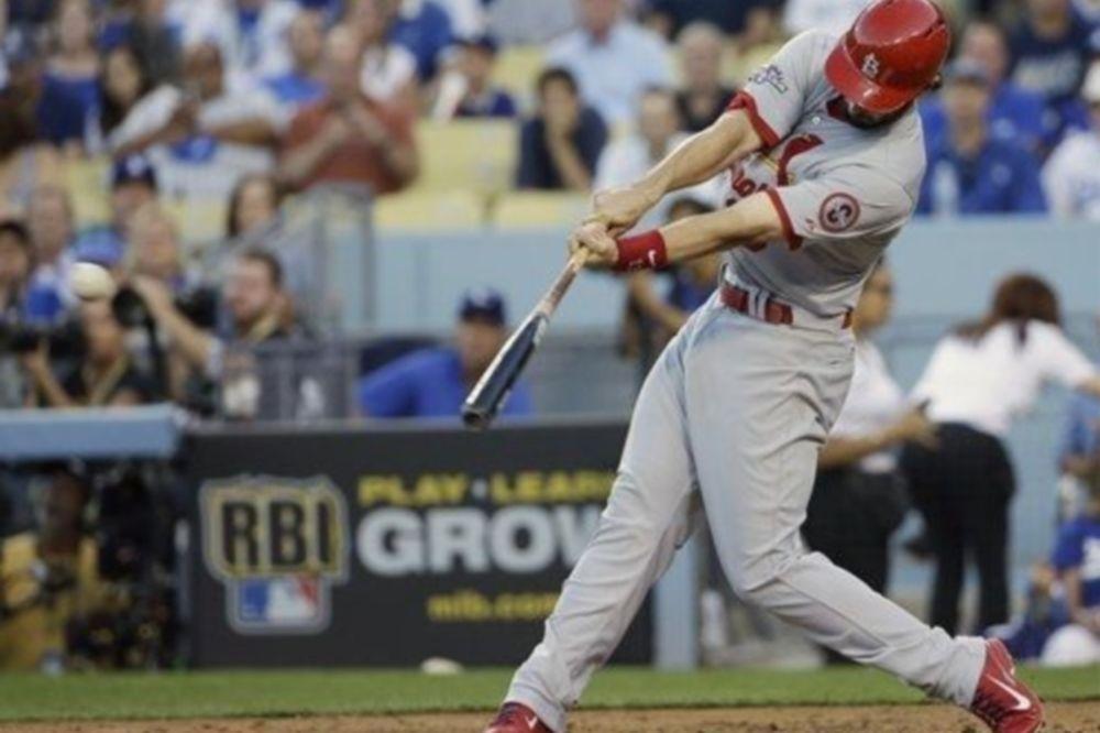 MLB: «Γίγαντας» Holliday στο Λος Άντζελες (videos)