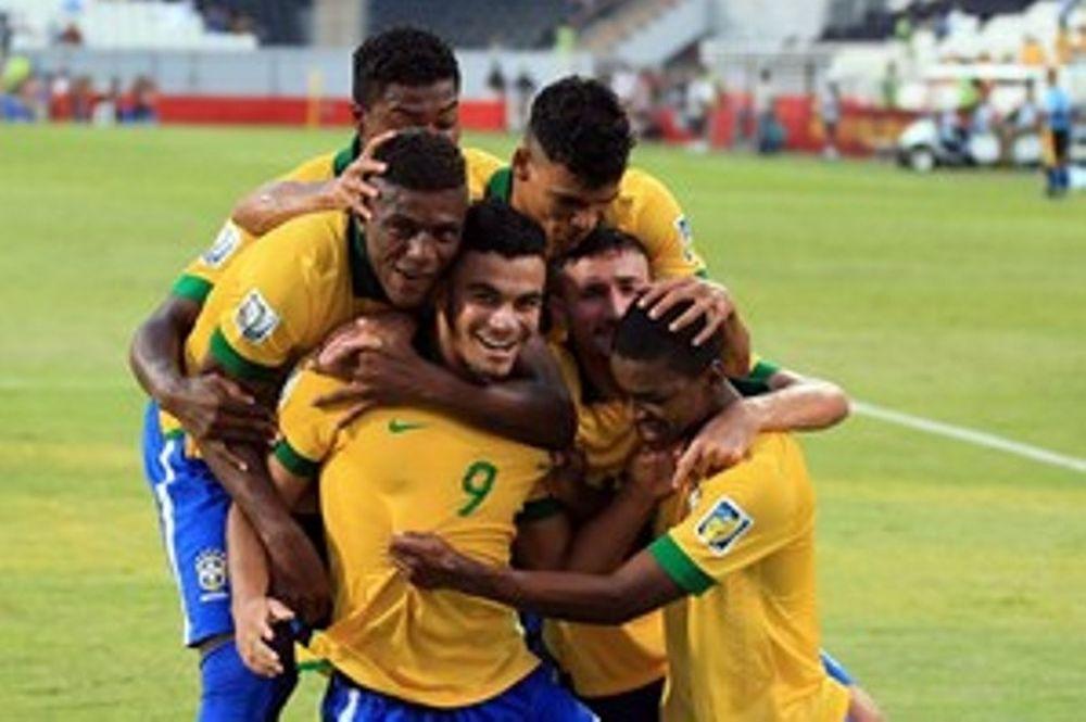 Βραζιλία: Μοσκίτο, ο παίκτης που… τσιμπάει (videos)