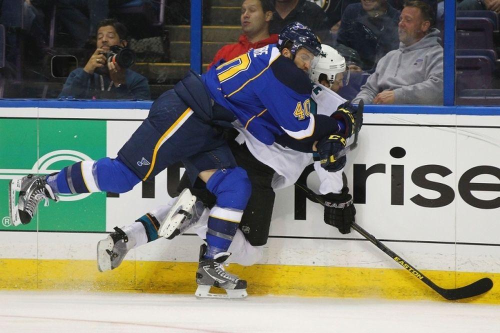 NHL: Πέντε αγωνιστικές στον Lapierre