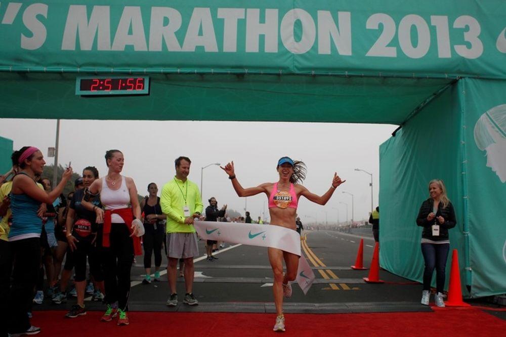 Η Nike τιμά τις γυναίκες αθλήτριες στον 10ο γυναικείο μαραθώνιό της στο San Francisco (photos)