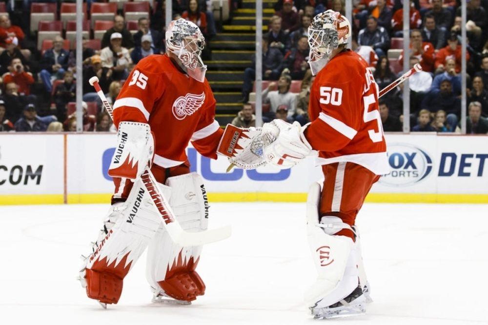 NHL: «Πατήθηκαν» Alfredsson και Howard (videos)