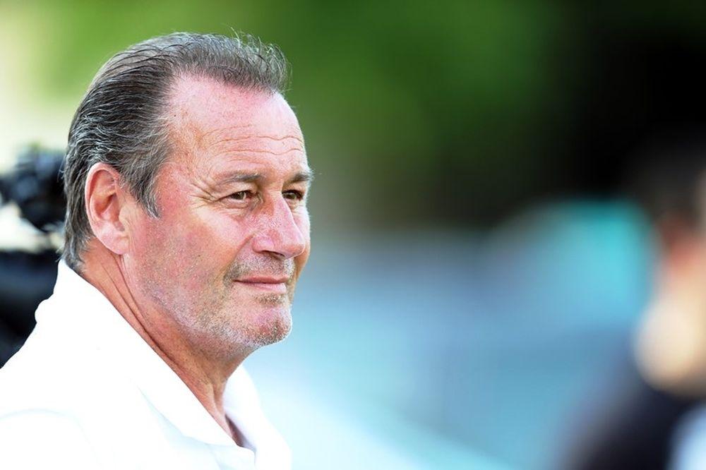 Στέφενς: «Με αυτοπεποίθηση από το Europa League»
