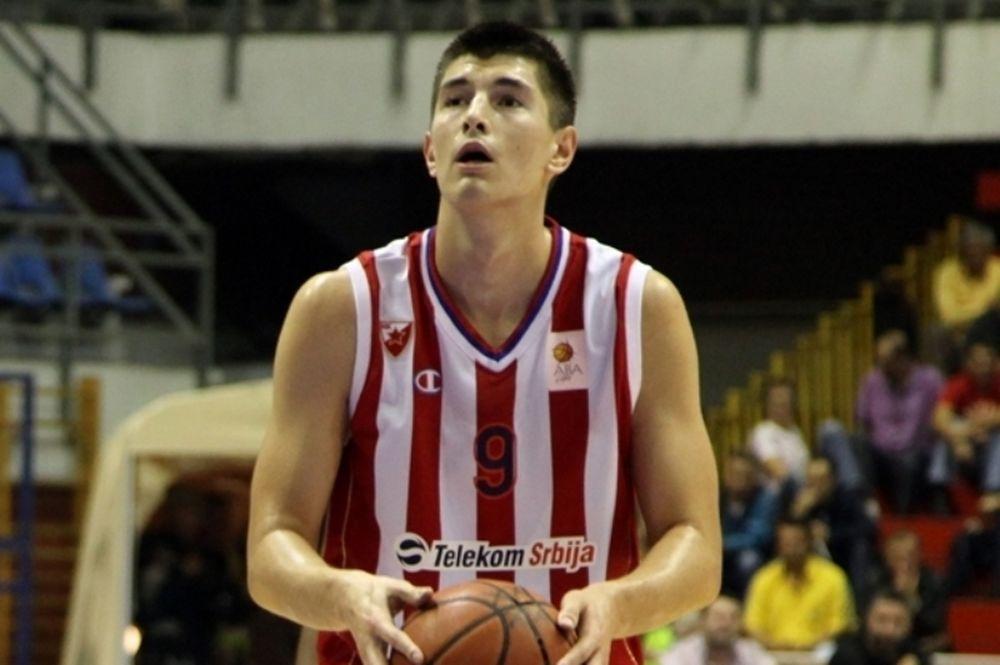 Ερυθρός Αστέρας: «Προσευχές» για Μίτροβιτς πριν τον Παναθηναϊκό