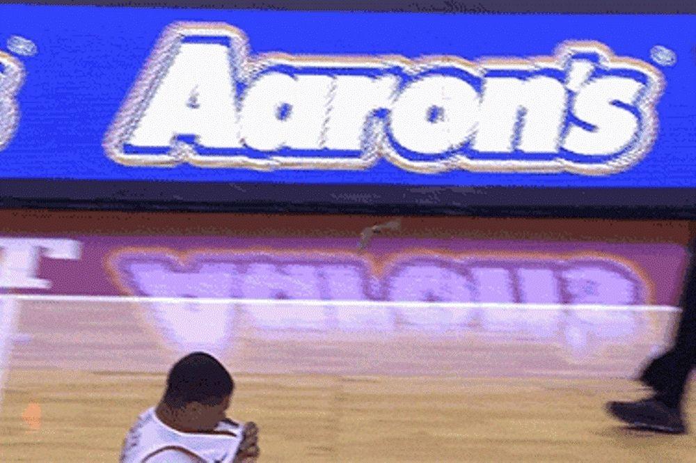 NCAA: Έφυγε ο Παπαπέτρου, ήρθαν οι νυχτερίδες! (video)
