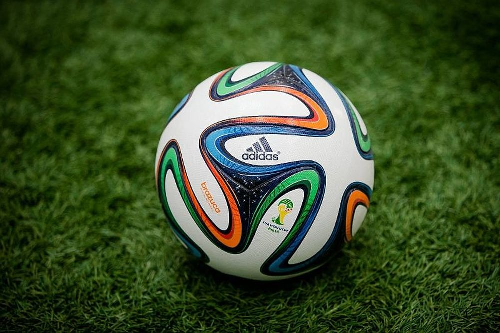 Super League: Με adidas brazuca στο 2ο γύρο