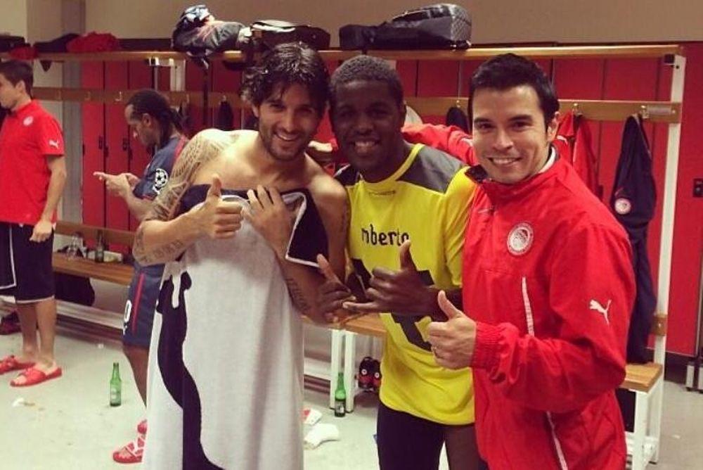Ολυμπιακός: Με τον… θρυλικό Τσόρι και τον… κούνελο ο Κάμπελ (photos)