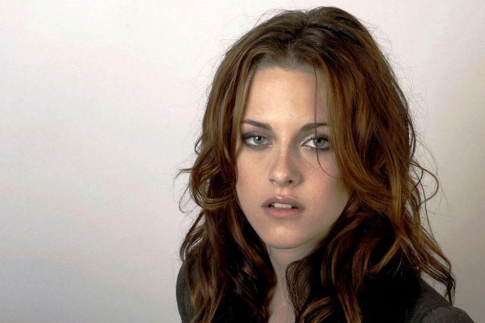 Είναι επίσημο: Η Kristen Stewart είναι το νέο πρόσωπο του οίκου Chanel