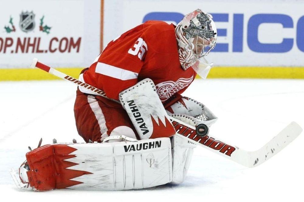 NHL: Χτύπησε ο Howard των Ρεντ Ουίνγκς